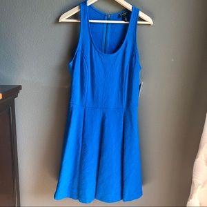 New Jessica Simpson blue paisley dress size Medium